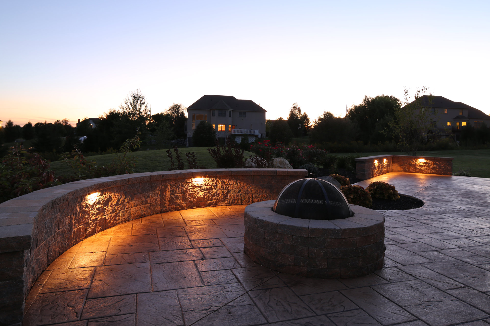 Signature concrete design outdoor lighting for beauty - How to design outdoor lighting plan ...