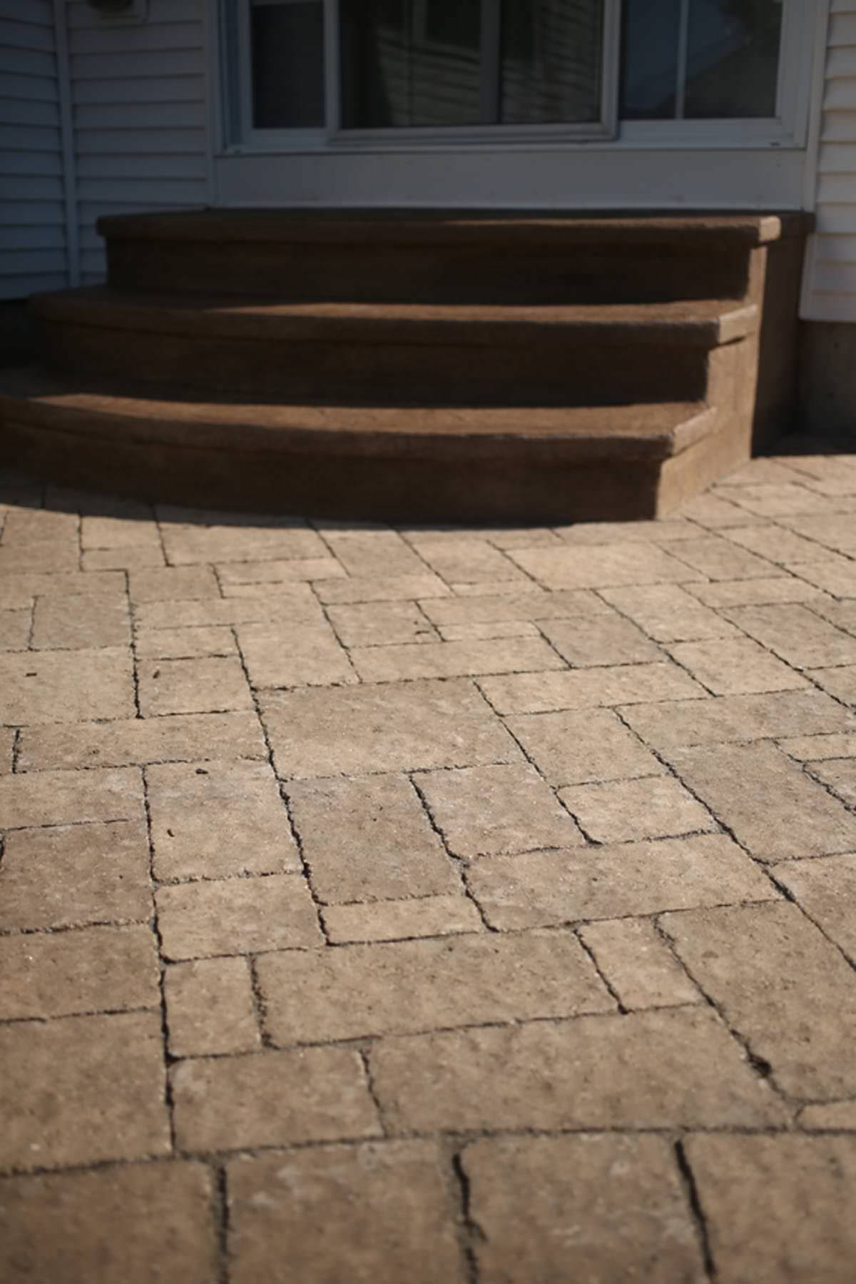Signature Concrete Design Landscapes with Natural Stone and Pavers